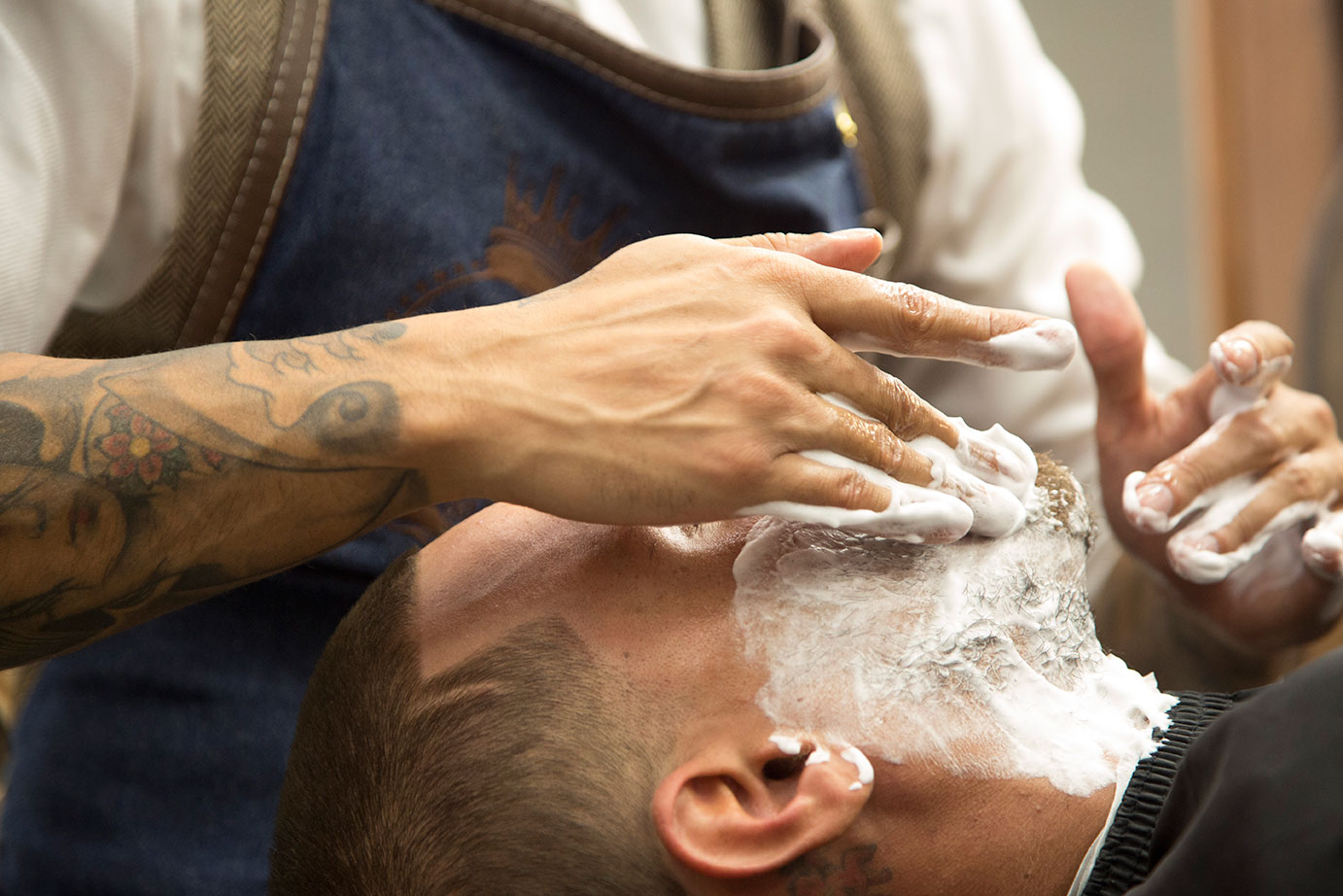Straight razor shave | The Spot Barbershop Miami